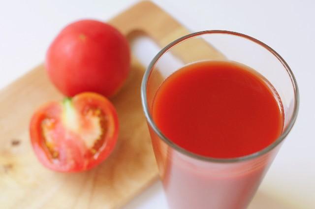 ホットトマトジュースにオリーブオイルの効果は?ナイナイアンサー放送で大人気!