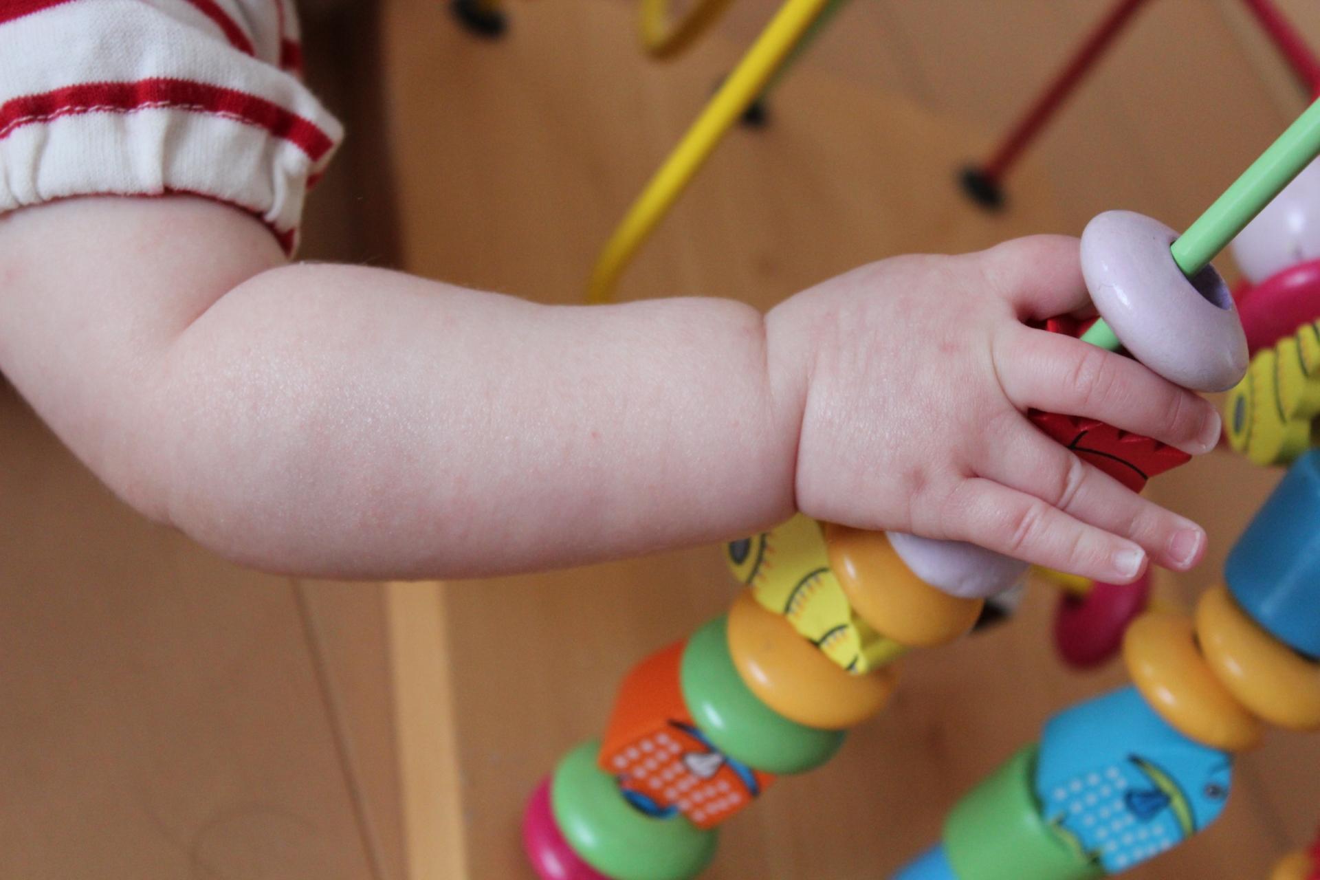 除菌スプレーは赤ちゃんにも平気?おすすめの除菌法は?