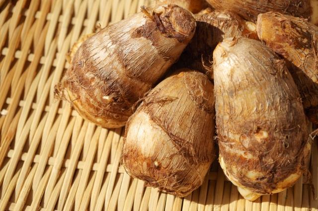 里芋の保存方法!冷蔵と冷凍での期限はどのくらい?
